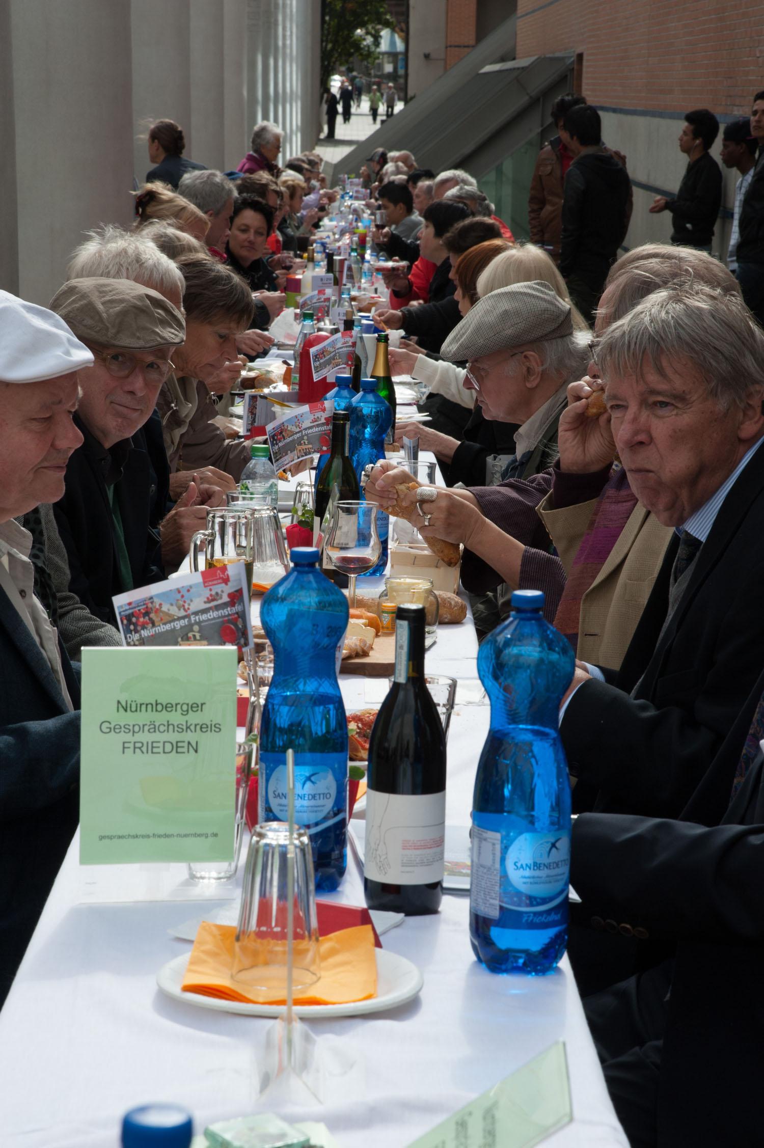 Friedenstafel Nürnberg