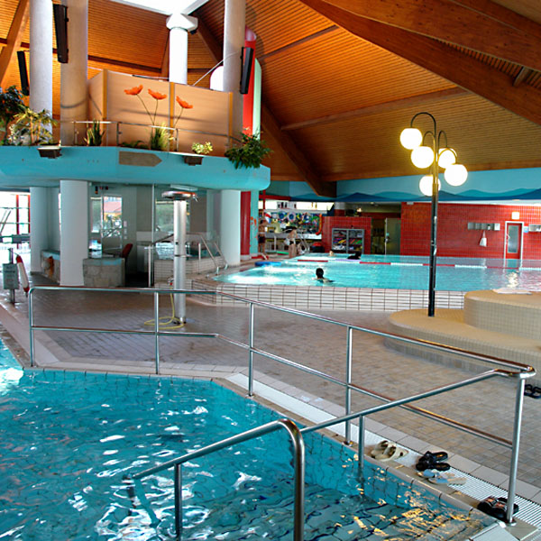 Schwimmen und entspannen: Hallenbäder in Nürnberg